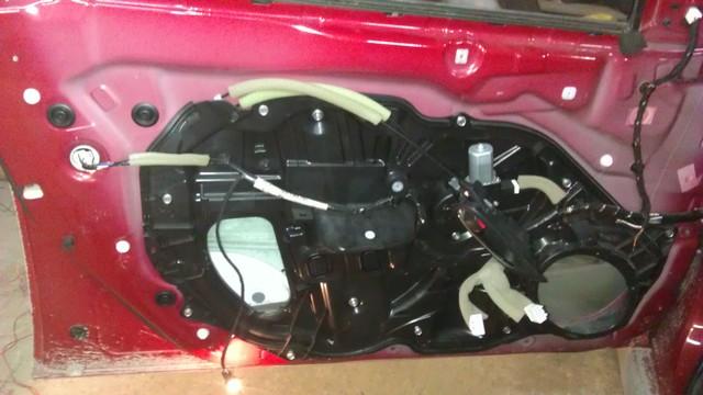 Mazda 6, установка динамиков DLS R 6.2 в задние и передние двери